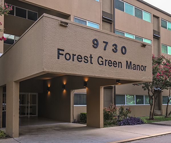 Forest Green Manor